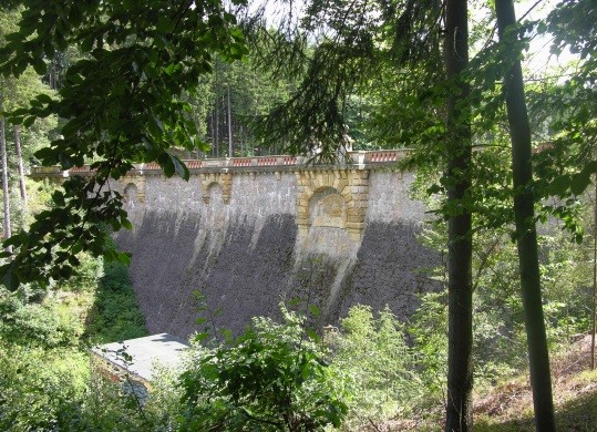 TS Tambach-Dietharz - Staumauer